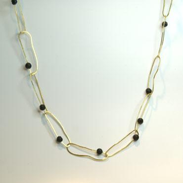 Unik halslænke, ovale cirkler, lavasten i lænkerne, sammensat, unika, rustik halskæde, sten