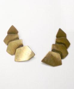 skjold, pladeøreringe, kantede, oxyderede, store, små, streg på øre, op ad øre, øreflip, organiske, unika, sølv, guld, øreringe,