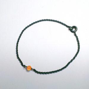 Klassisk armbånd med lille sten, sten i alle farver, farverigt, spinkelt armbånd med perle, sten, vedhæng