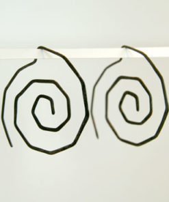 spiral, snoede øreringe, krusedulle øreringe, organiske øreringe, runde, store øreringe, slangeøreringe, unika, sølv, guld, øreringe,
