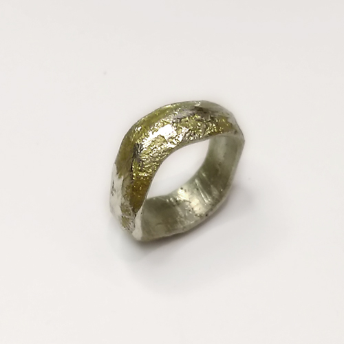 kraftig bred sandstøbt organisk rustik ring